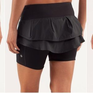lululemon athletica Skirts - Lululemon Run Speed squad skirt size 8